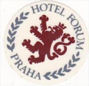 CZECHOSLOVAKIA PRAHA HOTEL FORUM VINTAGE LUGGAGE LABEL