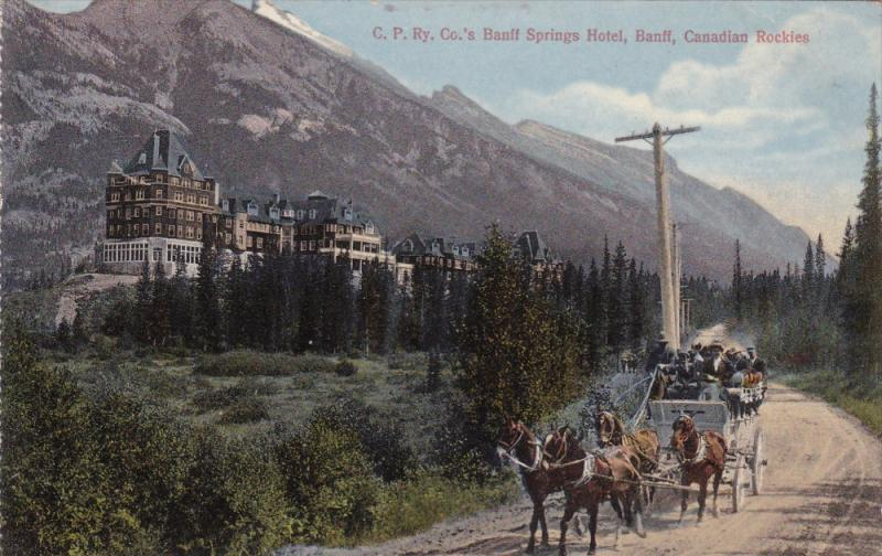 BANFF, Alberta, Canada, 1900-1910s; C.P. Ry. Co.'s Banff Springs Hotel, Canad...