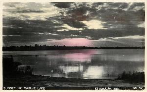 Kewaskum Wisconsin~Sunset on Mauthe Lake~1940s Real Photo Postcard RPPC