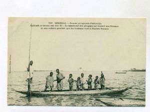 SENEGAL-Jeunes piroguiers Fabiouths , 00-10s Boys fishing with Bow & arrows