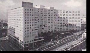 CaliforniaLos-Angeles View Of Hotel Statler Showing Wilshire Blvd. Entrance ....