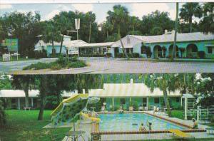 Florida Silver Springs Cloister Court