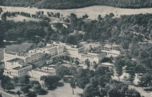WHITE SULPHER SPRINGS , West Virginia , 1930s ; Greenbrier Hotel