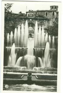 Italy, TIVOLI, Fontana dell'organo idraulico, unused real photo Postcard