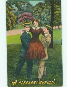 Pre-Linen WOMAN HELD UP BY TWO MEN AC4766