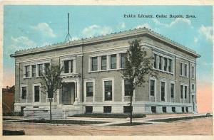 Cedar Rapids Iowa~Public Library~Dirt Road Corner View~1919~Post Card
