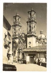 RP; Cathedral, Street Scene, Tasco, Guerrero, Mexico, PU