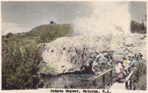 RP, Pohutu Geyser, ROTORUA, New Zealand, 1910-20s