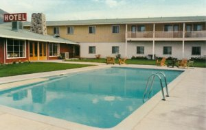 MERRITT, B.C., 1950-60s; Grasslands Hotel Ltd., on No. 5 Highway, Swimming Pool