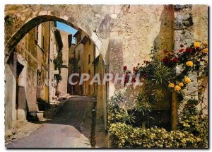 Postcard Modern Riviera St Paul de Vence in March on a picturesque view Ruelle