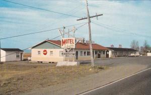 Le Gueuleton Motel & Restaurant , St-Roch des Aulnaies , Quebec , Canada , 19...