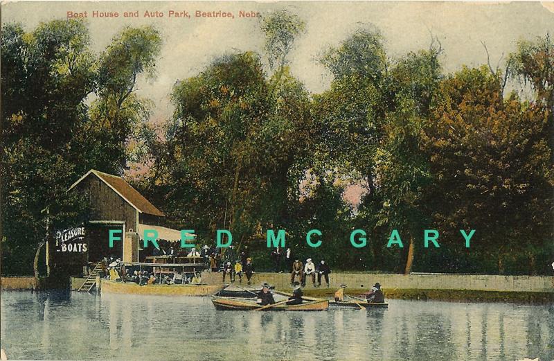 1912 Beatrice Nebraska Postcard: Boathouse & Auto Park, Animated Scene