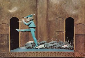 Pied Piper Rotating Clock Toy Puppet & Rats at Hochzeitshaus Germany Postcard