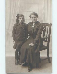 old rppc MOTHER AND DAUGHTER AT ASHFORD STUDIO Kent England UK HM1538