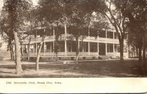 Iowa Sioux City Riverside Club