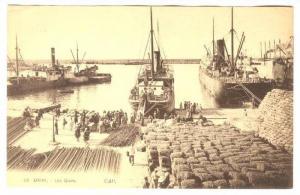 ORAN Algeria, 00-10s ; Les Quais, Loading a boat