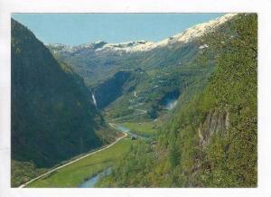 Norge / Norway : Parti fra Naeroydalen mot Stalheimkleiven og Stalheim Hotel,...