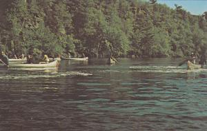 WISCONSIN, 40-60´s; Canoeing on the St. Croix River, Interstate State Park