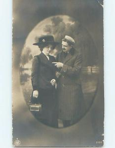 1912 rppc fashion WOMAN IN HAT CARRYING HANDBAG PURSE IN BERLIN GERMANY HM0527
