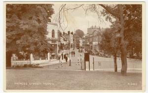 Somerset; Prince's St, Yeovil, H2562 PPC By Valentines, Unposted