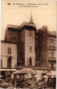 CPA PÉRIGUEUX-Vieille Maison du XVe siécle-Place de l'Hotel de Ville (233462)