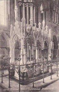 England York Minster DEan Duncombe's Monument