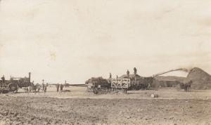 RP, MACOUN , Saskatchewan, Canada, 1900-10s ; Harvesting Scene, tractor