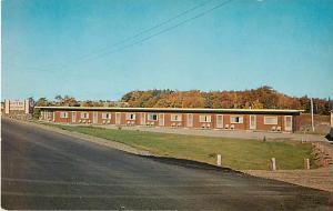 Parkview Motel & Restaurant, Cabot Trail at entrance to Cape Breton