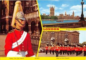 B103253 london badn of irish guards sentry military militaria    uk