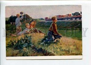 3154014 RUSSIA WAR Kids near TRAIN echelon by GAVRILENKO old PC