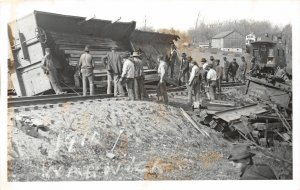 H69/ Warwick Ohio RPPC Postcard REPRINT c1950s Railroad Disaster Wreck 147