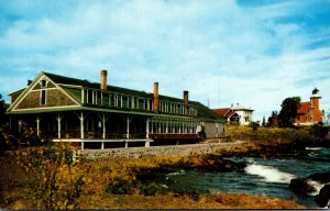 Michigan Eagle Harbor The Lake Breeze Resort 1965