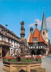 Michelstadt im Odenwald Marktplatz mit historischem Rathaus Town Hall Statue