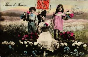 CPA AK Fleurs de France - Folklore - Types (481279)