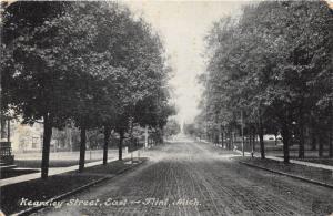 Flint Michigan~Kearsley Street East~Residential Section~Wagon Tracks in St~c1910