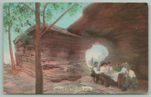 Wisconsin Dells~The River Rock-Side Luncheon Cafe~People at Table~c1910 Postcard