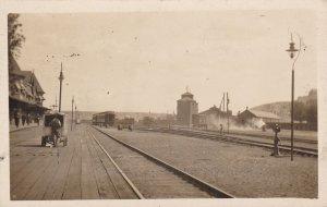 RP: MEDICINE HAT , ALBERTA , Canada , Railroad Depot , 00-10s