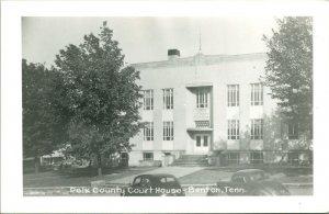 Vtg Postal RPPC 1940s Benton Tennessee TN Polk County Tribunal Casa Con Cars Unp