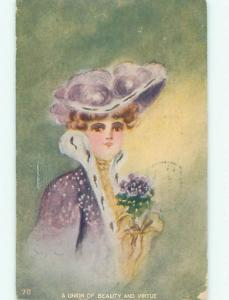Divided-Back PRETTY WOMAN Risque Interest Postcard AA8317