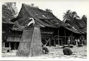 indonesia, NIAS, Native Ceremonial Stone Jump (1930s) Real Photo (03)