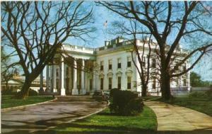 Washington DC ? The White House 1950s unused chrome Postcard