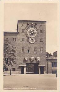 Deutsches Museum, Uhrturm, Munchen, 1920-1940s