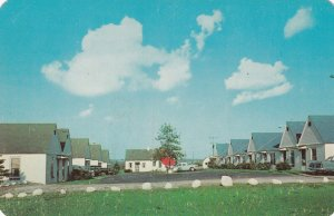 WOOSTER , Ohio , 1950-60s ; Hilltop Motel ; U.S. Route 30