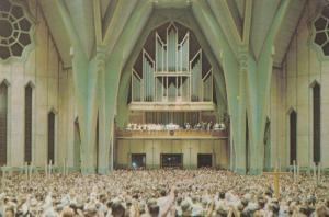 Basilica Organ Large Attendance Service 1970s Quebec Postcard