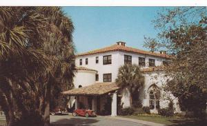 Classic Cars, Entrance to Cloister, Sea Island, Georgia, 40-60´s