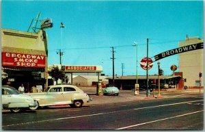 1950s Burlingame, CA Postcard BROADWAY SMOKE SHOP and Z's RESTAURANT / Chrome