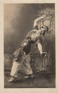 RP: BOISE , Idaho , 1900-10s ; Vamp Dancer