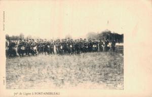 Military 76e de Ligne a Fontainebleau 01.75
