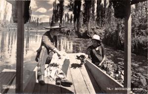 XOCHIMILCO F D MEXICO FLORES VENDOR ON LAGO~REAL PHOTO POSTCARD 1940s