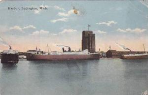 Harbor, Ludington, Michigan, PU-00-10s